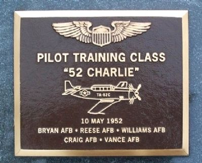 Pilot Training Class 52-C Memorial image. Click for full size.