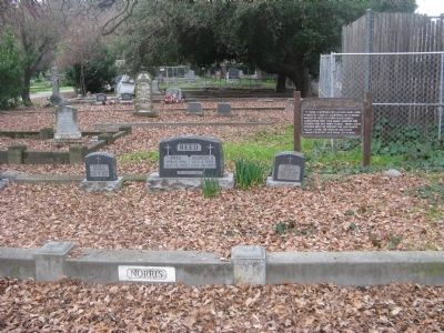 Norris Marker and Family Plot image. Click for full size.
