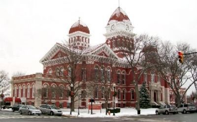 The Old Lake County Courthouse image. Click for full size.