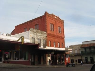 The Oddfellows Hall Building image. Click for full size.