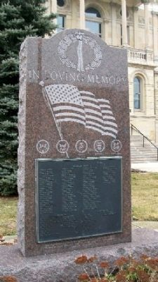 Fayette County War Memorial image. Click for full size.