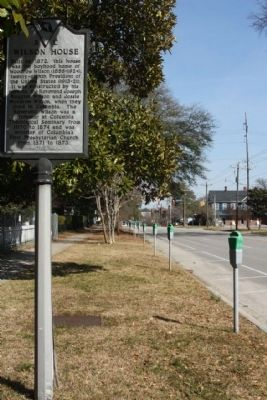 Wilson House Marker, looking east along Hampton Street image. Click for full size.
