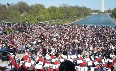 The audience and the U.S. Marine Corps Band await the entrance of opera diva Denyce Graves Photo, Click for full size