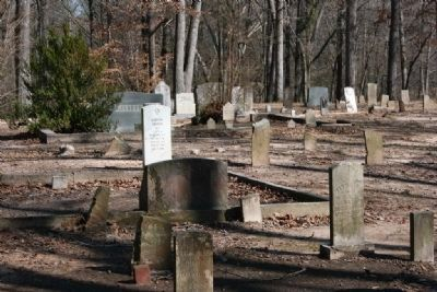 Old Quinn Burying Ground image. Click for full size.
