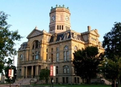 Butler County Courthouse image. Click for full size.