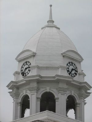 Colbert County Courthouse Dome image. Click for full size.