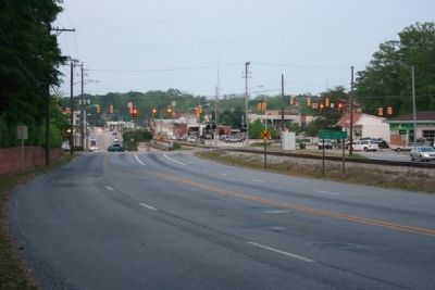 Looking East Bound toward Downtown Alexander City image. Click for full size.