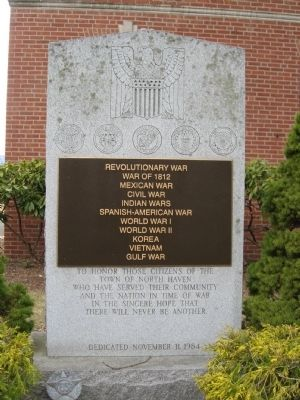 North Haven Veterans Monument image. Click for full size.
