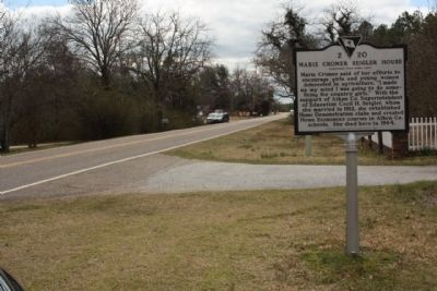 Marie Cromer Seigler House Marker, looking south along Johnston Highway (State Road 191) image. Click for full size.