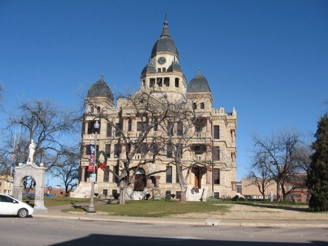 The City of Denton Marker is to the right of the courthouse. image. Click for full size.