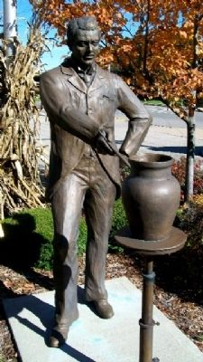 Karl Kappes Statue image. Click for full size.