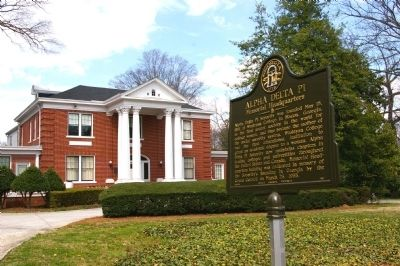 Alpha Delta Pi Marker and the Memorial Headquarters image. Click for full size.