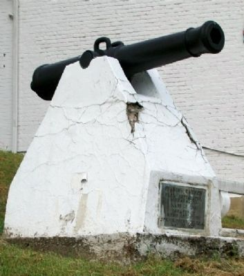 Spanish Cannon and Marker image. Click for full size.