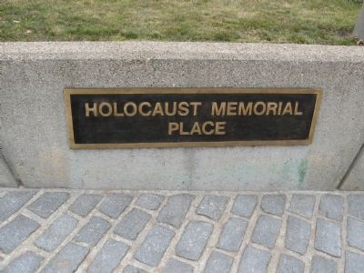 Holocaust Memorial Place image. Click for full size.