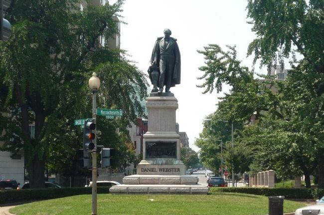 Daniel Webster Memorial image. Click for full size.