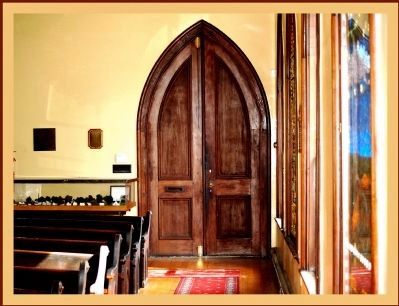 Confederate Memorial Chapel - Inside Gothic Door Photo, Click for full size