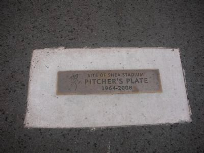 Location of Shea Stadium Pitchers Plate (mound) image. Click for full size.