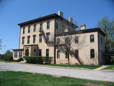 Grant Hall image. Click for full size.