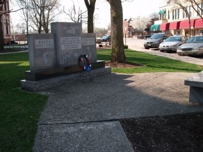 Left View - - Livingston County War Memorial Marker image. Click for full size.
