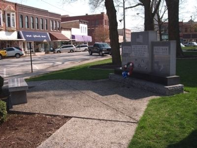 Right View - - Livingston County War Memorial Marker image. Click for full size.