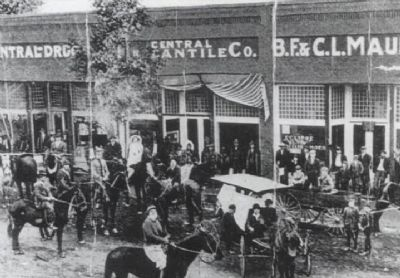 Central Mercantile Co. image. Click for full size.