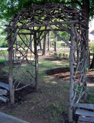 Natural Arbor image. Click for full size.