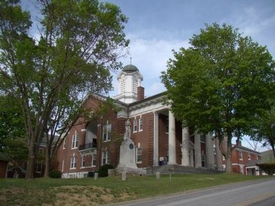 Bath County Courthouse Photo, Click for full size