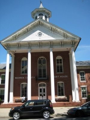 Warren County Court House Photo, Click for full size
