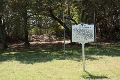 Battery Number 5 Marker with remains of the earth redan seen today image. Click for full size.