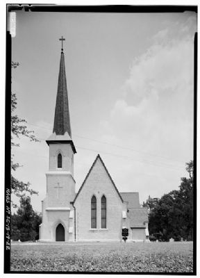 Church of the Holy Cross Stateburg West (front) Facade image. Click for full size.