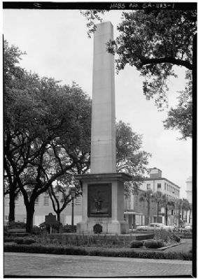 Nathanael Greene Monument north and west side image. Click for full size.