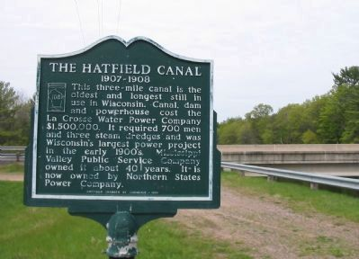 The Hatfield Canal Marker image. Click for full size.