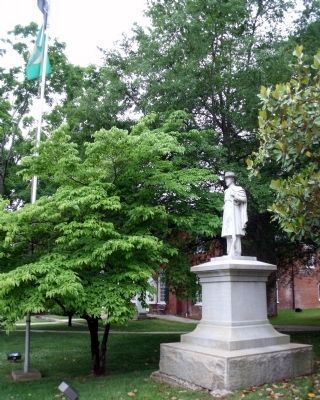 Halifax County Courthouse Lawn image. Click for full size.