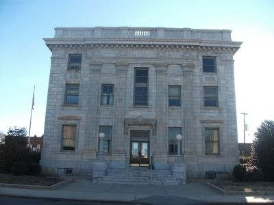 Alamance County Court House - West Side image. Click for full size.