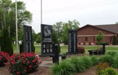 Left Front View - - Strasburg Veterans Memorial Marker image. Click for full size.