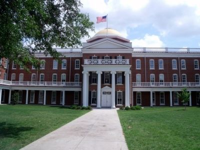 Ruffner Hall Rotunda Photo, Click for full size