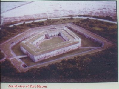 Aerial View of Fort Macon image. Click for full size.