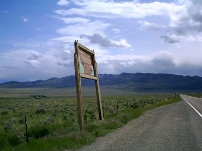 Hudspeth's Cutoff Marker Along State Highway 77 image. Click for full size.