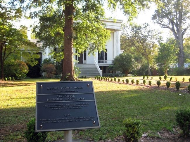 Natl. Historic Landmark Plaque at the Robert Toombs House image. Click for full size.