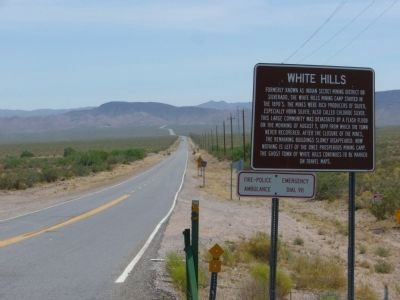 White Hills Road Photo, Click for full size