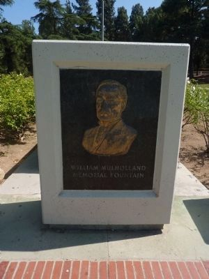 William Mulholland Bust Marker Photo, Click for full size