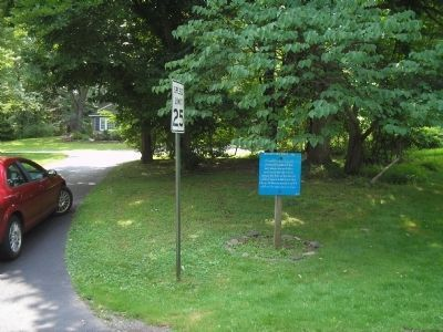 Marker on W Circle Drive image. Click for full size.