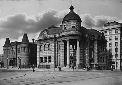 Vancouver Carnegie Library (1902) - Photo Courtesy of the Vancouver Public Library image. Click for full size.