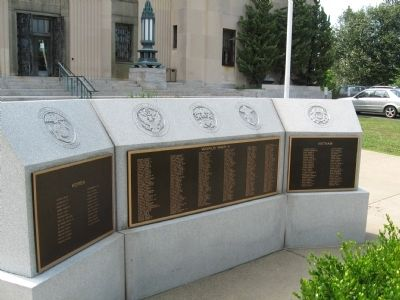 Rockland County Korea - World War II - Vietnam Monument image. Click for full size.