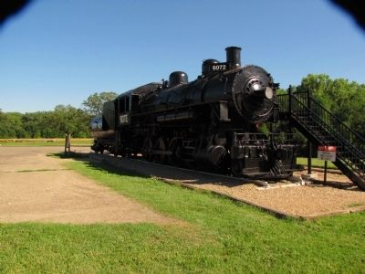 "Locomotive ""6072"" image. Click for full size."