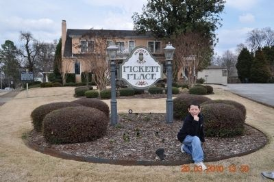 Colonel Pickett Place image. Click for full size.