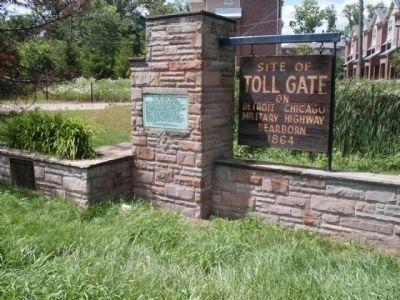 Site of Toll Gate / The Ten Eyck Tavern / Dr. Samuel Pierce Duffield monument image. Click for full size.