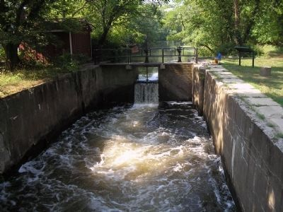 Lock on the D&R Canal image. Click for full size.
