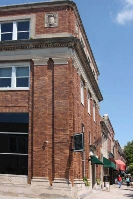 First Bank and Trust Co. ,Hendersonville N.C. image. Click for full size.