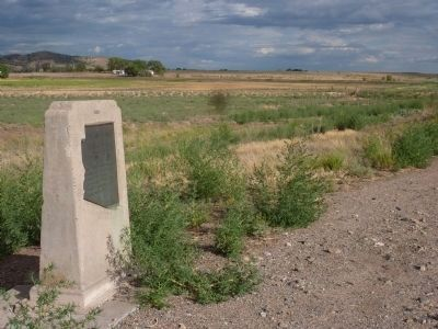 Del Rio Springs Marker - Looking South Photo, Click for full size